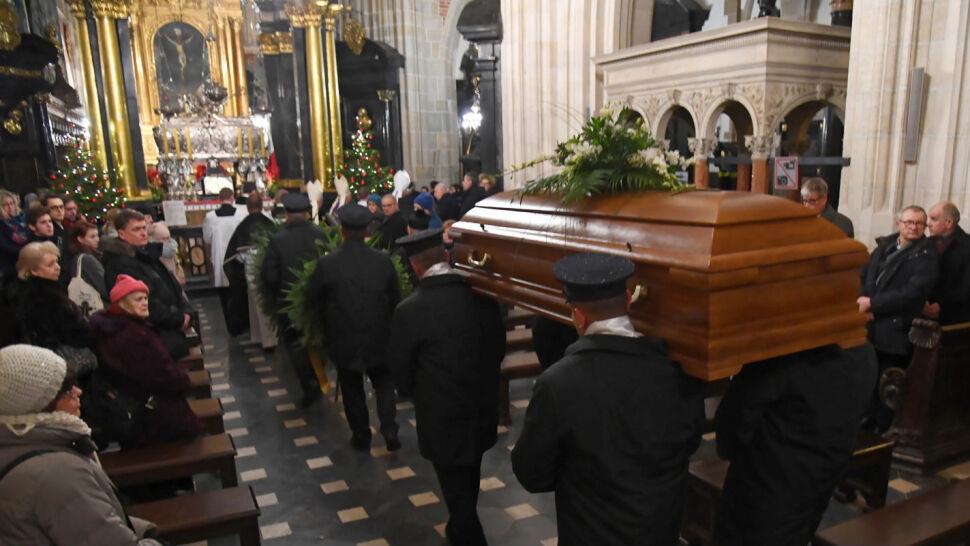 Ostatnia droga biskupa Tadeusza Pieronka