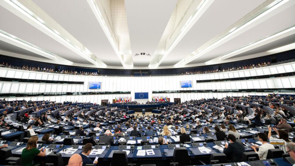 """Nowe rozdanie w europarlamencie. """"Z PiS-em nikt się nie liczy"""""""