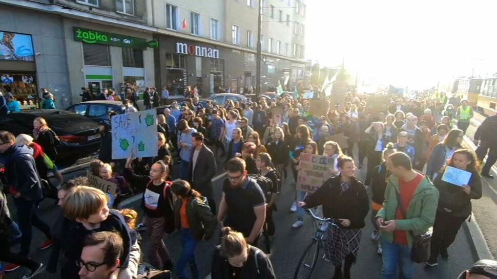 Młodzi przyszli z postulatami klimatycznymi do partii politycznych