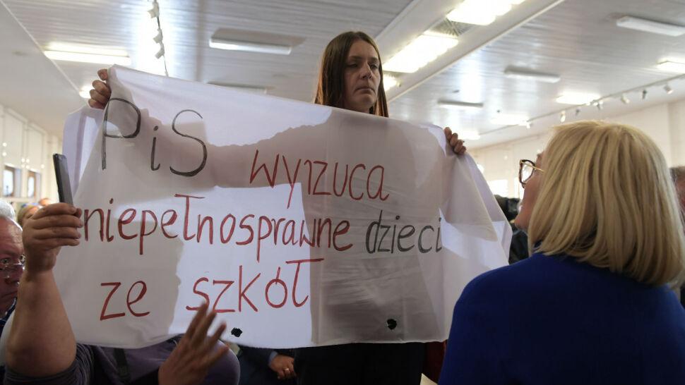 Zamieszanie na spotkaniu Morawieckiego z mieszkańcami Gdańska