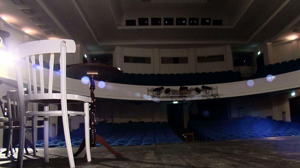 Pustki w hotelach, opustoszałe teatry, odwołane imprezy. Branże liczą straty