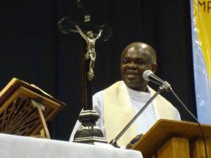 Duchowny z Ugandy będzie uzdrawiał na Narodowym