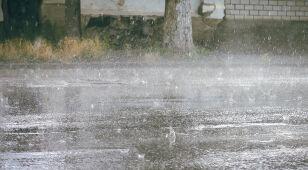 Ulewny deszcz, silny wiatr. IMGW może wydać alerty
