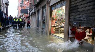 Wenecja szykuje się na kolejną wielką falę.