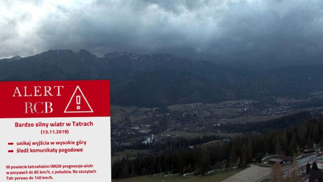 Alert RCB: uwaga na śnieg,  silny wiatr i intensywny deszcz