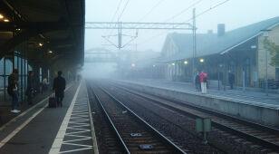 Mgły w połowie kraju. Wydano ostrzeżenia