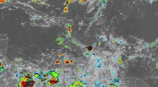 Nadchodzi burza tropikalna Karen, a z nią strach przed powodziami